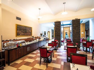 EA Hotel Embassy Prague**** - hotel restaurant - breakfast